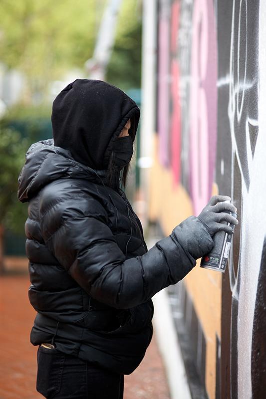 Artiste-graffiti, Chika a du se faire une place en tant que femme